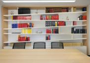 Interier in oprema odvetniške pisarne ARNEITZ& DOHR RECHTSANWÄLTE v Beljaku