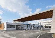 Vhodni plato in vratarnica na lokaciji Mengeš za farmacevtsko podjetje LEK (skupina SANDOZ NOVARTIS)