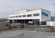 Proizvodno-skladiščno-poslovni objekt PET PAK v Postojni