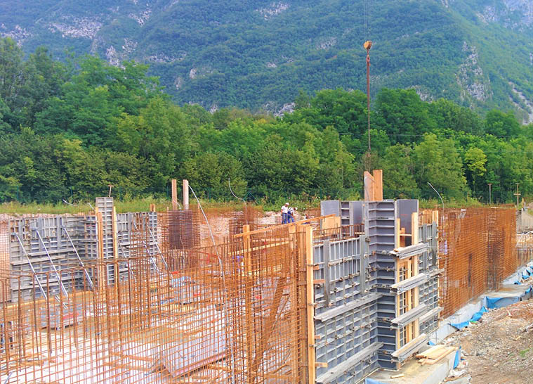 TKK high-bay warehouse in Srpenica -