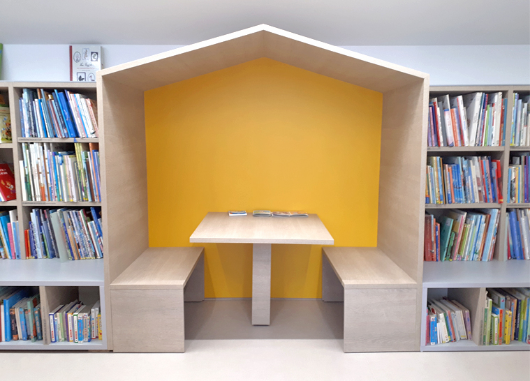 NAKLO LOCAL LIBRARY interior design and equipment -